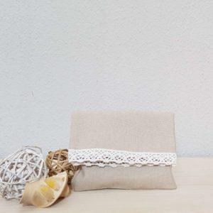 yfasmatinos-fakelos-beige-lace-bomboniera