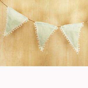 Υφασμάτινα διακοσμητικά σημαιάκια pompon